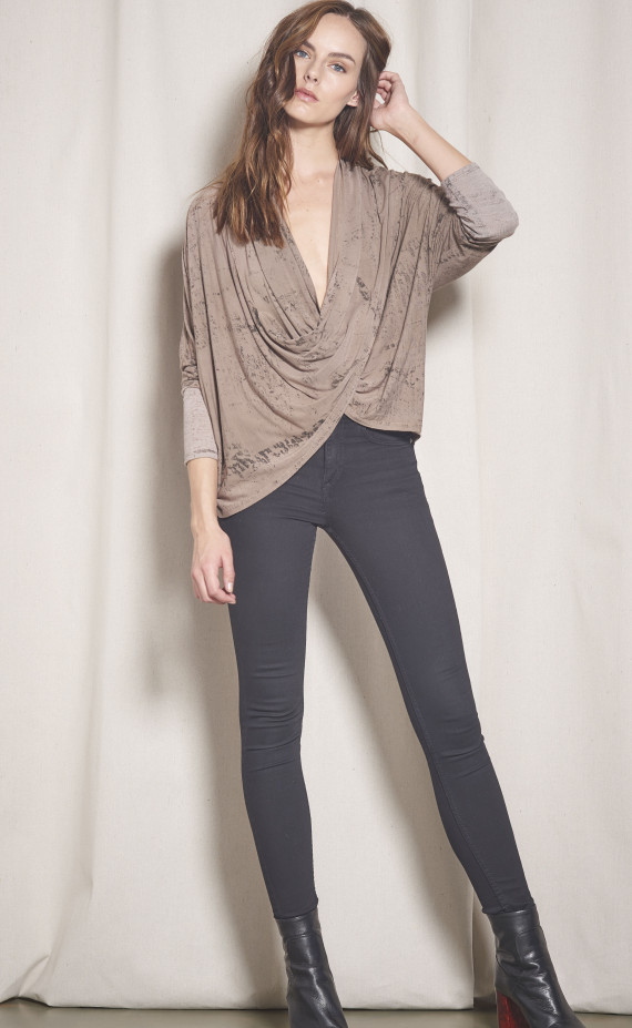 17-P13511 UNION TOP TAUPE10