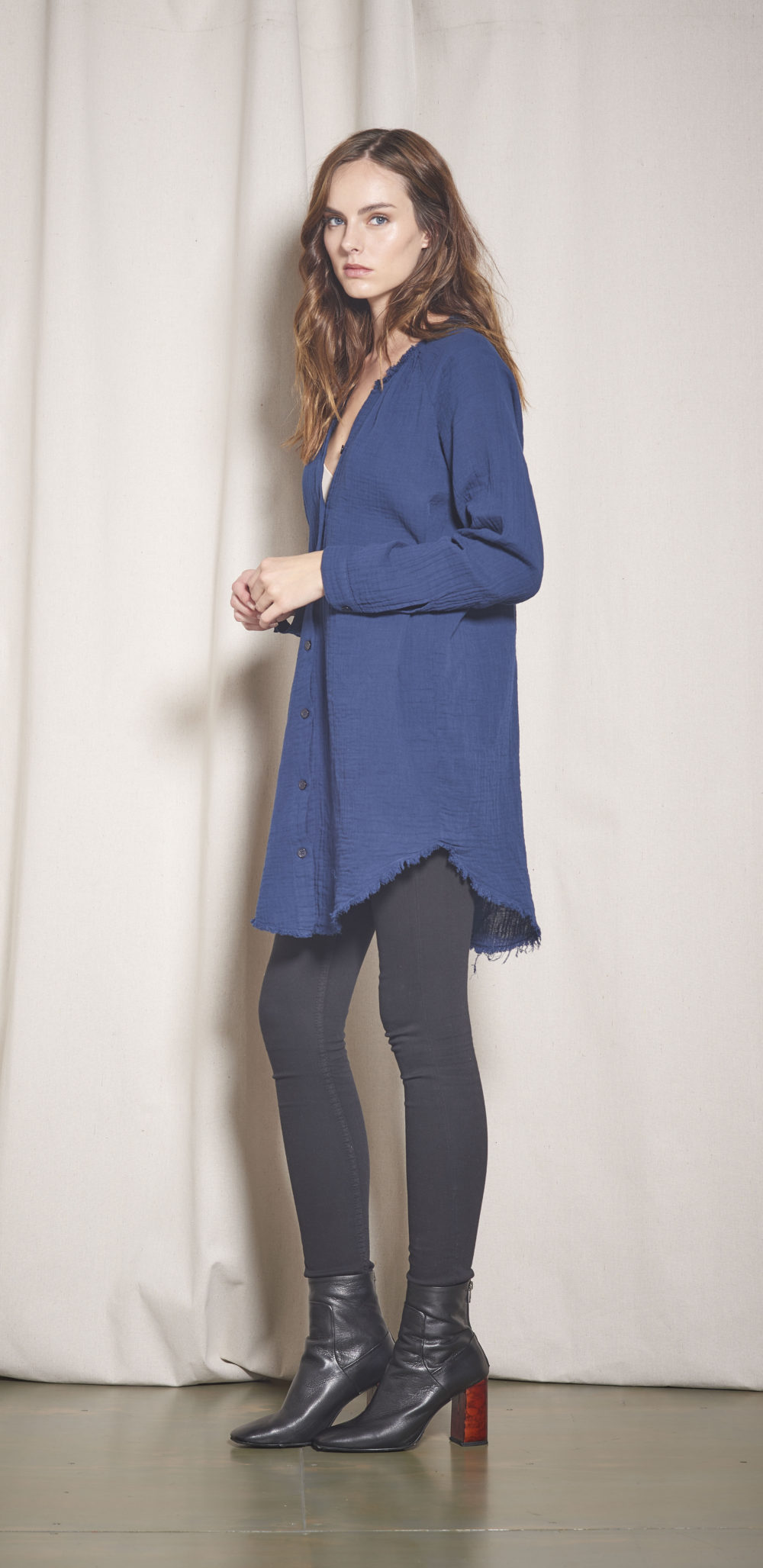 91-A13540 BOND SHIRTDRESS NAVY 6